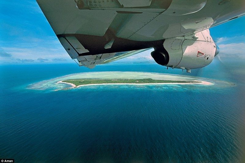 Amanpulo Resort предоставляет своим гостям частный самолет, чтобы те могли добраться до острова Филтппины, курорт, остров