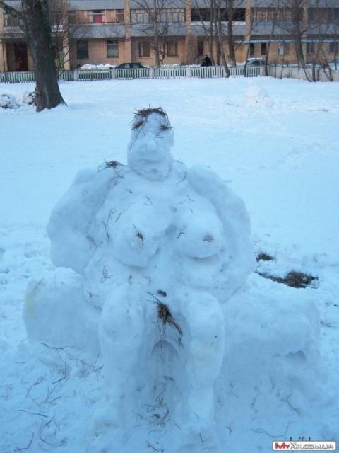 Можно воплотить свои эротические фантазии зима, зимние забавы, прикол, юмор